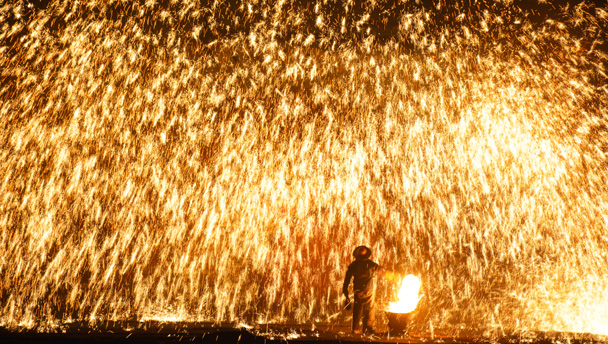 Yu County, Hebei | Showers of sparks during a performance of 'dashuhua'