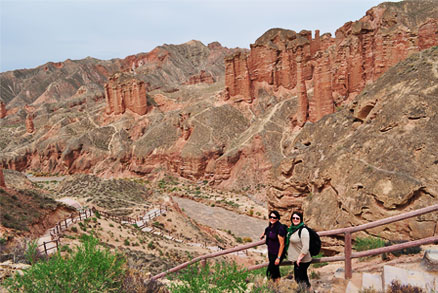 , Beijing Hikers Zhangye, May 27, 2011