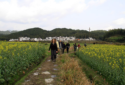 Beijing Hikers Wuyuan, March23-25, 2012