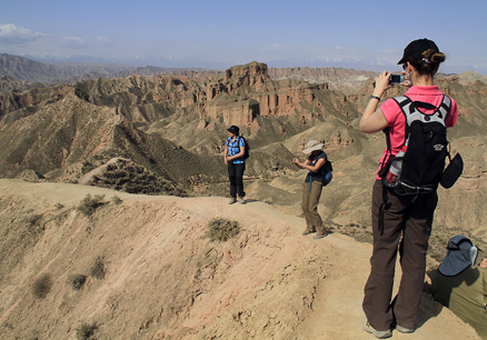 Better view, Beijing Hikers Zhangye, May, 2012