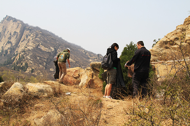 a film set, Beijing Hikers Earth Day Clean up, 2013/04/21