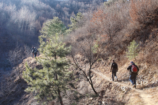 Starting off on the hike - Jiankou Big West Great Wall, 2015/02/11