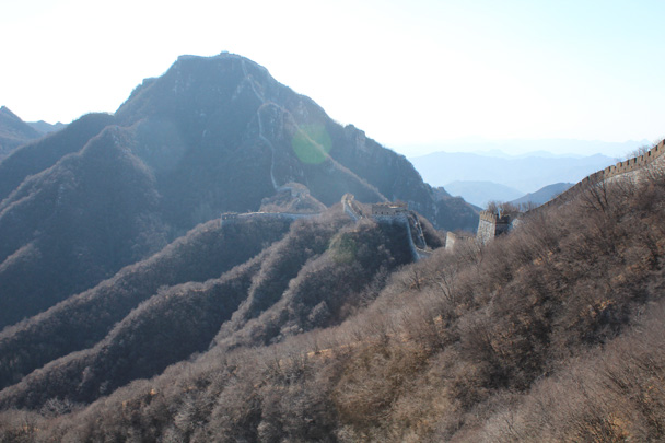 Looking towards the 'Chinese Knot' part of the wall at Jiankou - Jiankou Big West Great Wall, 2015/02/11