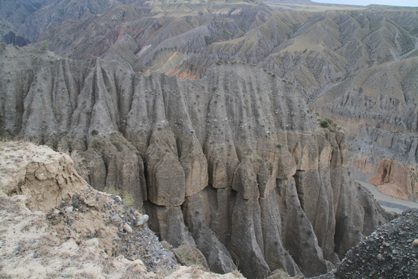 Weathered cliffs - Bayinbuluke Grasslands, Xinjiang, July 2016