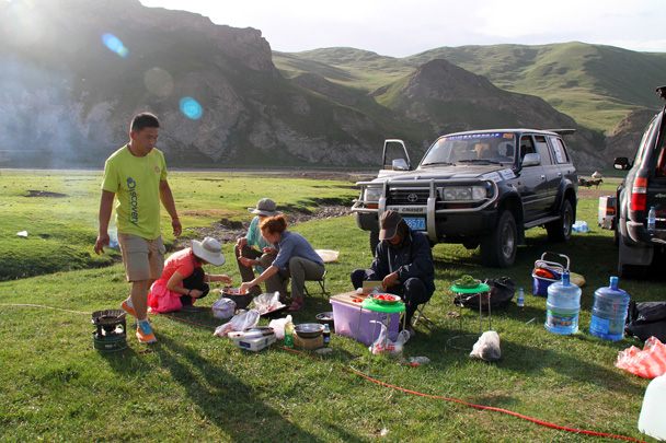 Almost ready to start cooking - Bayinbuluke Grasslands, Xinjiang, July 2016