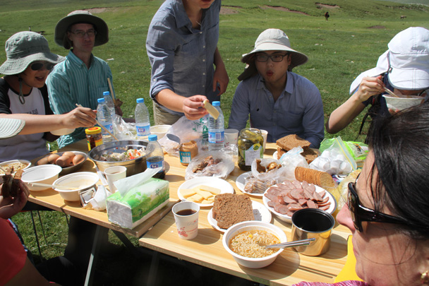 We were all pretty hungry after two hours of walking - Bayinbuluke Grasslands, Xinjiang, July 2016