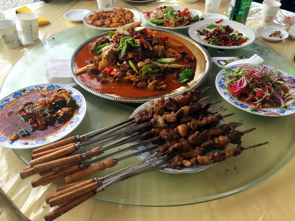 Out of the grasslands, and back in town – here's what was for lunch - Bayinbuluke Grasslands, Xinjiang, July 2016