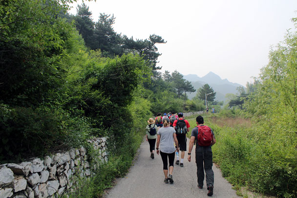 The hike starts out with a warm up walk on a flat road - Jiankou to Mutianyu Great Wall, 2015/7/11