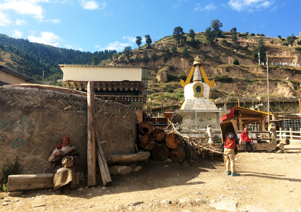 Village scene - Xiahe, Labrang Monastery, and Zhagana, Gansu Province, September 2015