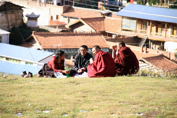 Picnic on the hill side - Xiahe, Labrang Monastery, and Zhagana, Gansu Province, September 2015
