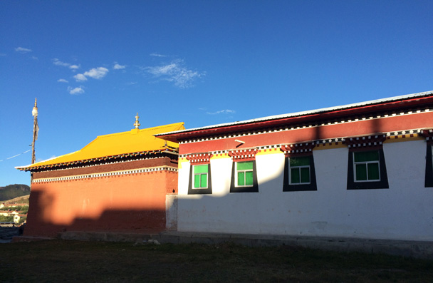 Sunshine on a Tibetan house - Xiahe, Labrang Monastery, and Zhagana, Gansu Province, September 2015