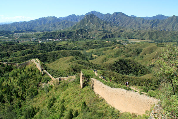 Looking back down the wall – a clear day, we were so lucky! - Gubeikou Great Wall Loop, 2015/09/19