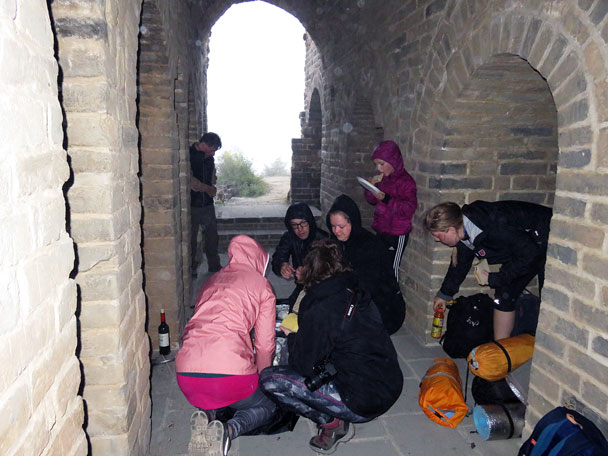 Dinner time! - Camping at the Gubeikou Great Wall, 2015/10