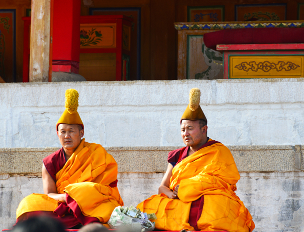 Masters are leading all the monks in prayer - Labrang Monastery and Tibetan New Year, 2016/02