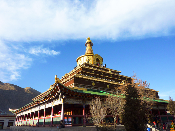 We did a circuit around Gongtang Pagoda - Labrang Monastery and Tibetan New Year, 2016/02