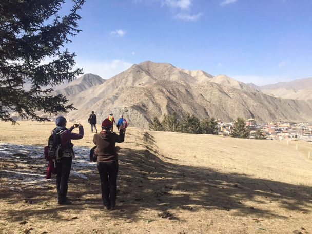 Midway on the hike - Labrang Monastery and Tibetan New Year, 2016/02