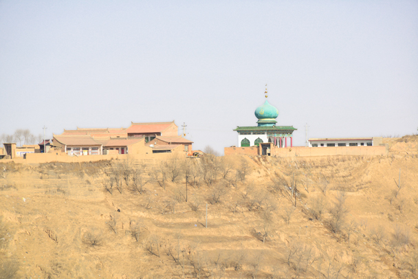 A mosque near Lanzhou - Labrang Monastery and Tibetan New Year, 2016/02