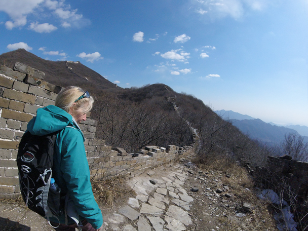 Hiking along unrestored Great Wall - Jiankou to Mutianyu Great Wall, 2016/02/24