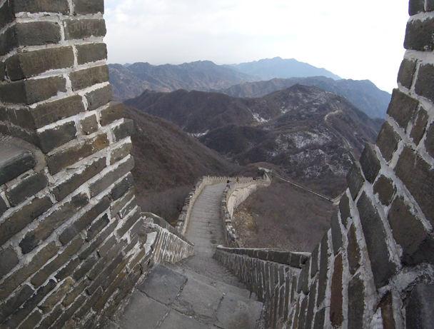 Steep stairs and impressive views of the Mutianyu Great Wall - Jiankou to Mutianyu Great Wall, 2016/02/24