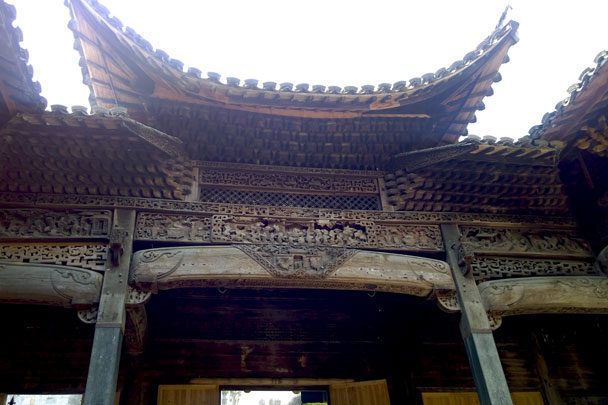 Intricate wood-carvings - Wuyuan, Jiangxi Province, 2016/03