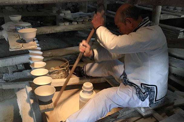 In Jingdezhen we went for a look at the porcelain factory - Wuyuan, Jiangxi Province, 2016/03