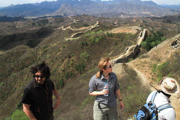 In the background is the Gubeikou Great Wall, which we'd follow to the end - Hemp Village to Gubeikou Great Wall, 2016/4/17