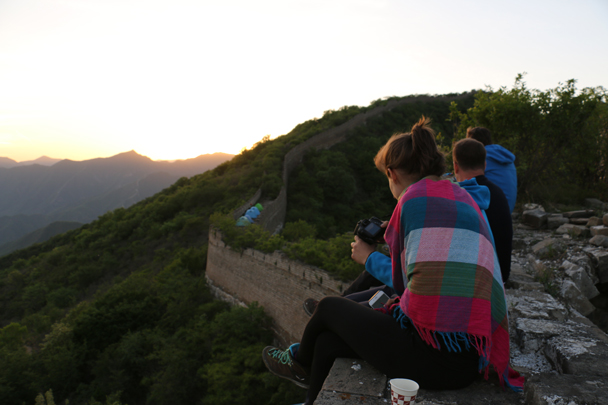 Getting ready for sunset - Camping at the Great Wall Spur, 2016/05