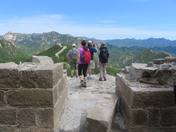 Taking a minute to admire the view - Longquanyu Great Wall to the Little West Lake, 2016/05/04