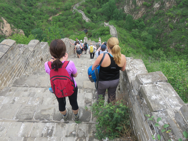 Down the last steep section - Longquanyu Great Wall to the Little West Lake, 2016/05/04