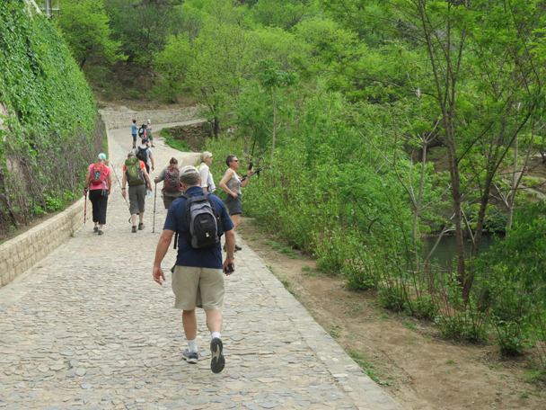 Hikers heading back to the car park, looking at an section of wall that was flooded by the reservoir - Longquanyu Great Wall to the Little West Lake, 2016/05/04