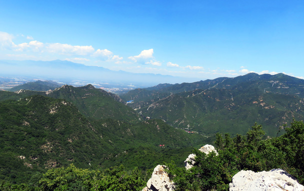 Views of mountains and more Great Wall in the distance - Middle Route of Switchback Great Wall, 2016/07/02