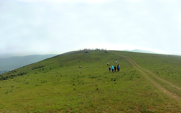 Up on top - Grasslands teambuilding trip for Juzi Entertainment, 2016/07