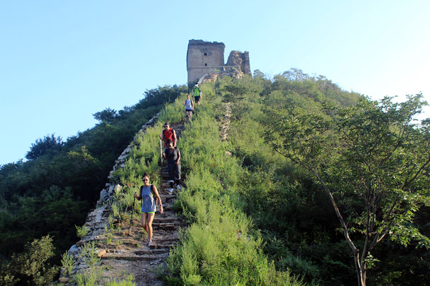 We were up early on Day Two for more walking on the wall - Switchback Great Wall camping, 2016/08