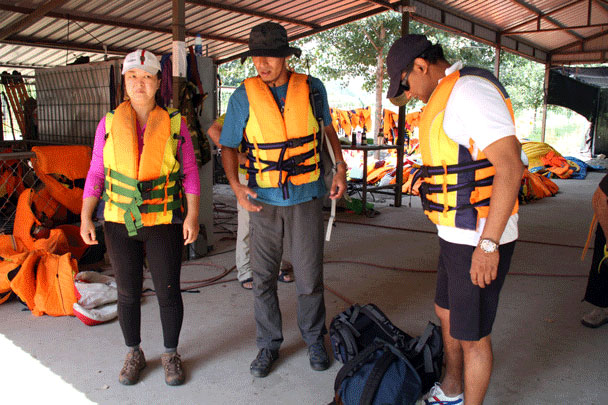 Getting fitted for life jackets - Floating Down the White River, 2015/08/16