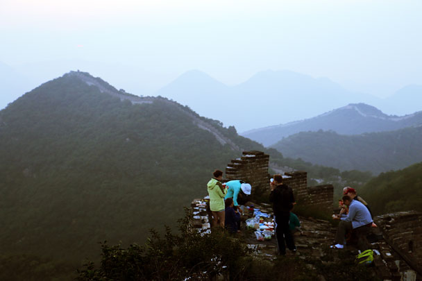 Breakfast time - Switchback Great Wall Camping, 2016/8/20