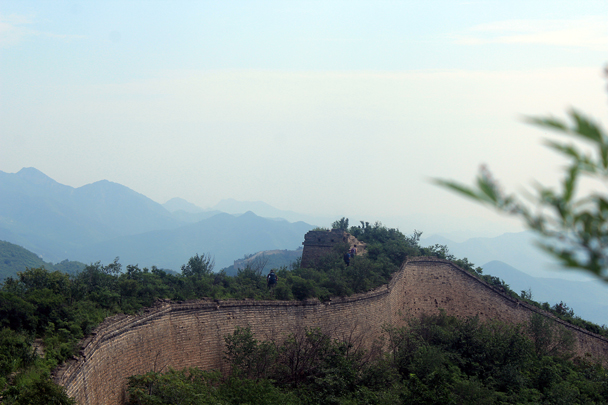 A view of the solid foundation of the Great Wall - Walled Village to Huanghuacheng Great Wall, 2016/08/24
