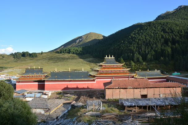 A view from the other side of the temple - Xiahe, Labrang Monastery, and the Zhagana area in southern Gansu, September 2016