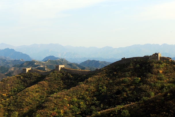 With the sun starting to go down the light was lovely for photos - Jinshanling Great Wall to Gubeikou Great Wall, 2016/10/03