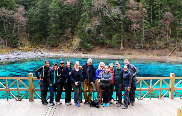 Group shot after lunch - Jiuzhaigou and Huanglong National Parks, Sichuan, 2016/11