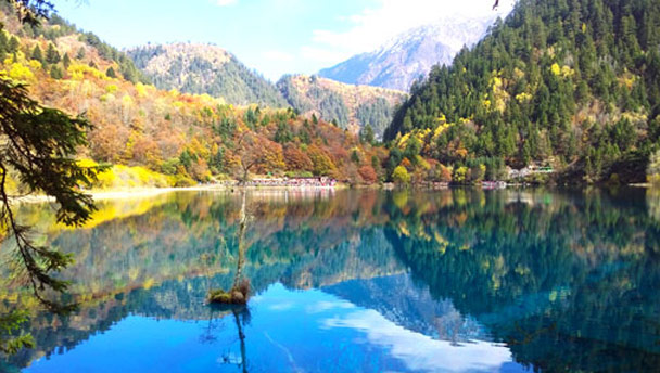 Jiuzhaigou and Huanglong National Parks, Sichuan, 2016/11