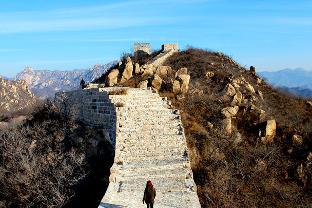 We continued along the repaired section - Longquanyu Loop and Great Wall, 2016/12/19