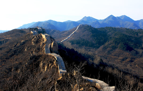 Looking back along the trail - Longquanyu Loop and Great Wall, 2016/12/19