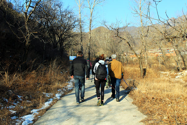We started hiking from one of the small villages at Jiankou - Nine Eyes Tower Great Wall, 2016/12/18