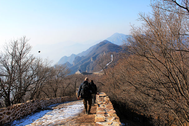 This part was icy, and we had to walk to the side - Nine Eyes Tower Great Wall, 2016/12/18