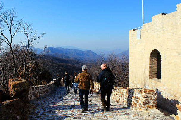 Heading down past a repaired tower - Nine Eyes Tower Great Wall, 2016/12/18