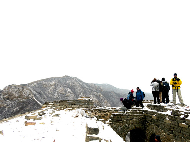 Further up, we climbed on to a tower - Stone Valley Great Wall snow hike, 2017/01/07