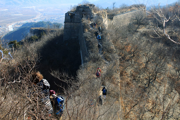Huanghuacheng's 'wild' wall - Walled Village to the Huanghuacheng Great Wall, 2017/1/14