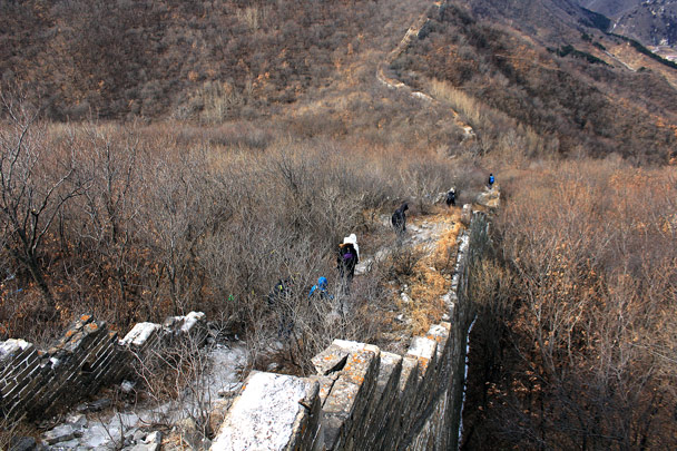 Hiking down the wall -