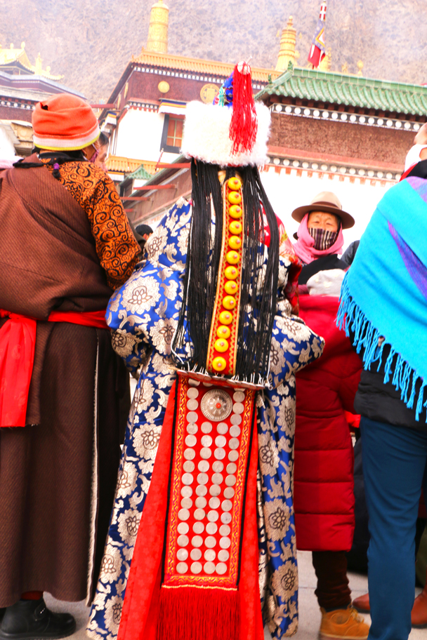 More traditional clothing - Labrang Monastery and Xiahe, Gansu