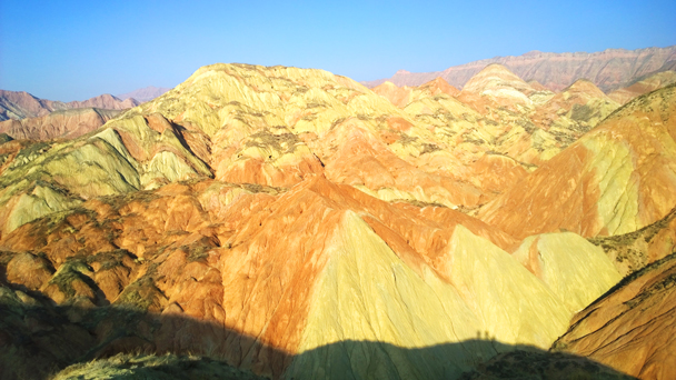 Colourful mountains near Lanzhou - Labrang Monastery and Xiahe, Gansu